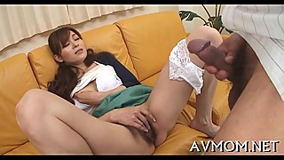 Oriental mother i'_d like to fuck loves sucking balls
