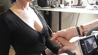 CUM-A-LOT-GERMAN AMATEUR HOUSEWIFE-Hubby sparys my shirt and face