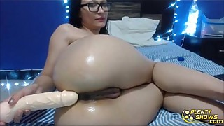 Squirting doll Aisly with glasses fists and gapes perfect  ass
