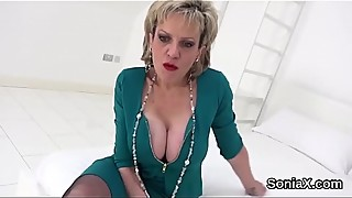 Cheating uk milf lady sonia shows her heavy balloons