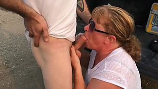 Mature wife swallows another cum from another friend