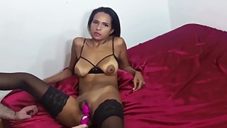 Dark Arab Wife Takes Hard Cock Bareback and Loves Cumshot