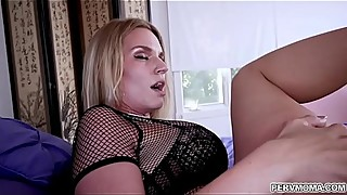 Young neighbor pounding Rachel Cavalli'_s lonely pussy!