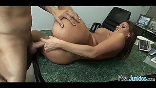 Sex at the office 030