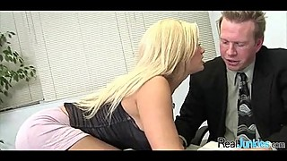 Sex at the office 002
