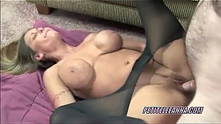 Buxom Leeanna in pantyhose and getting dicked