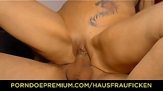HAUSFRAU FICKEN - Horny German wife fucked in pierced cunt