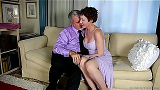 Super sexy old spunker sucks &_ fucks for a mouthful of cum