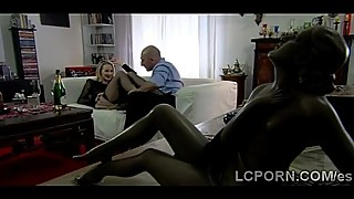 Gorgeous Spanish housewife spreads her legs to a stranger