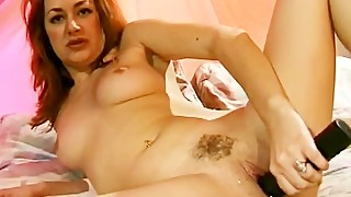 Amateur Nasty Housewife masturbation