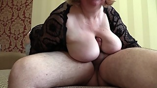 WIFE SUCKS MY DICK AND I MASTURBATE TO HER. A PORTION OF SPERM IN THE MOUTH